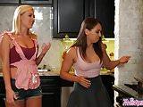Twistys - Culinary Cunilingus - Sara Luvv,Summer Day