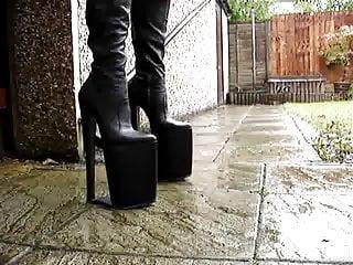 12 inch heel boots