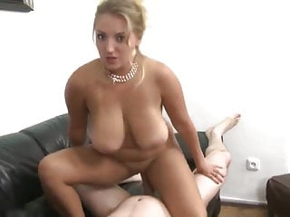 Mum with Shaved Pussy