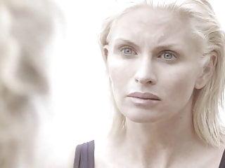 Carolina Gynning - Blondie