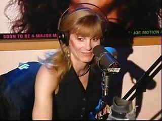 Howard Stern kisses & massages Gretchen Becker's (Actress) ass.
