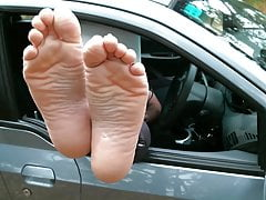 Hot feet sexy wrinkled soles pointed toes long soles public