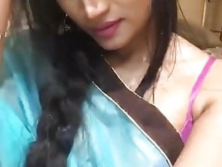 Desi Indian girl MK Boina hot live MMS