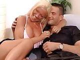 olgun sevimli mature seksten hoslaniyor frmxd com
