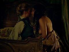 Jessica Parker Kennedy –  Black Sails S01E01 (2014)