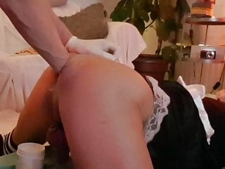 Maggie er bij sissy maid got fisted by...