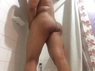 in the shower play with myselfHD Sex Videos