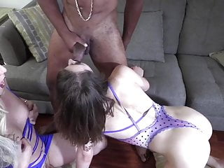 Black daddy gets blowjob sandwich from two tranny...