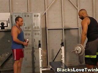سکس گی Gay hunk riding huge bbc gay men (gay) gay male (gay) gay guys (gay) bbc gay (gay) amateur  60 fps (gay)
