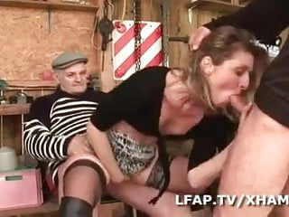 Milf francaise se fait defoncer par wil et...