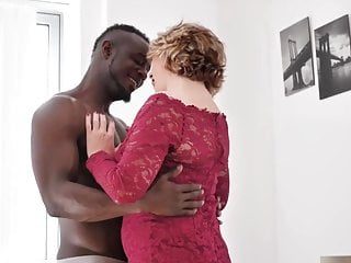 British Milf Loves unprotected Sex with younger black Boys.