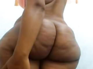 Thick wide hips ebony...
