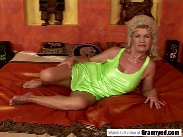 чисто русский секс со старыми бабами тут валера