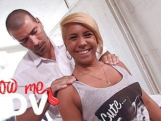 Blow Me Pov This Nasty Masseur Gets Bjs From Cute Customer