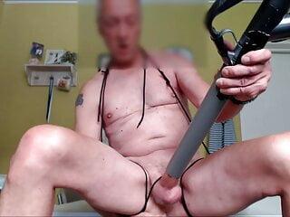 bondage vacuumcleaner milkingmachine handsfree cumshot