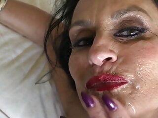 Erotic Mom Facial