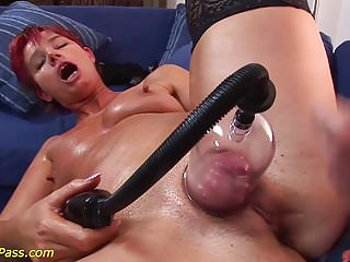 Moms anal and pumping lesson...
