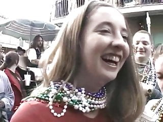 Nudist Dogging video: Mardi Gras 2002 Vol.3