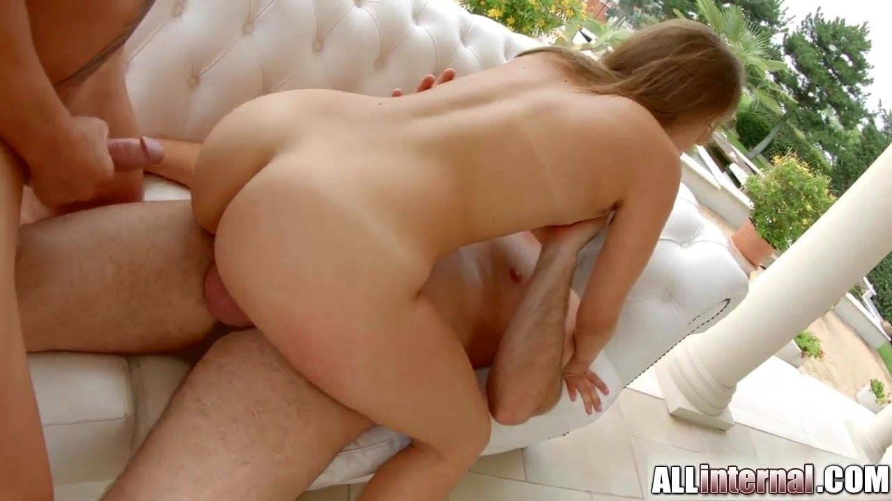Bubble Butt White Girl Anal