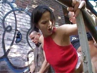 Amateur Hardcore Outdoor video: Die Strassenkoter - Berliner Fickschnauzen