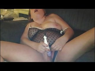 BBW Buzes Her Pussy Until She Cums
