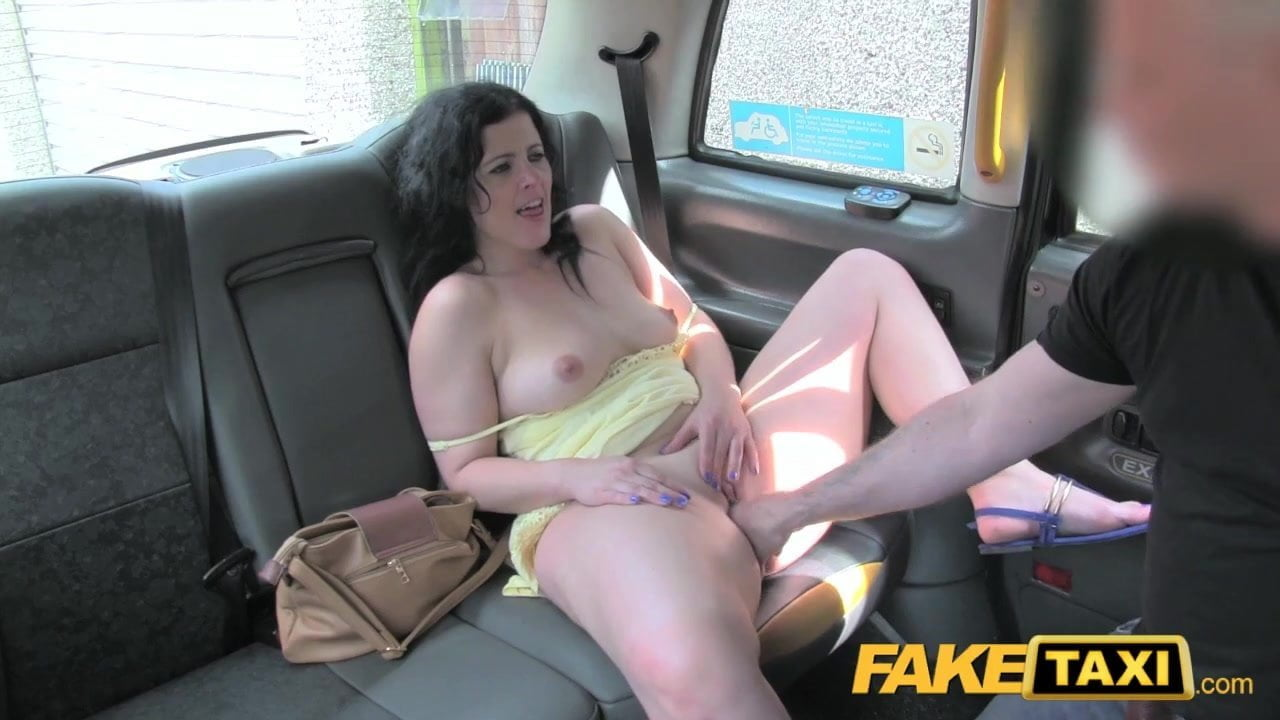 Fake Taxi Alessa Savage