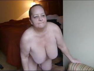 swinging boobs