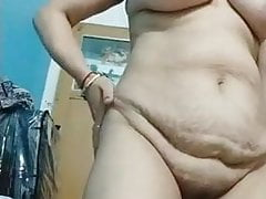 Indian bhabhi showing pussy close-up and boobs