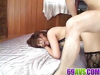 Sara Nakamura – playful crew play in intense video