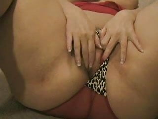 bbw playing with vibrator on cam