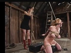 Some fine electro-torture with sophisticated Sybian-Action