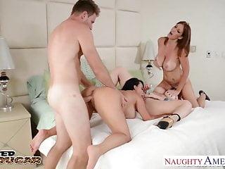 Cougars Charlee Chase Holly Halston e Sara Jay scopano