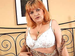 Gold Haired Mature Stepmom Fucking Stepson