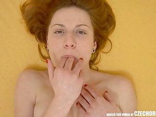 Amazing Redhead ha Squirting Orgasm