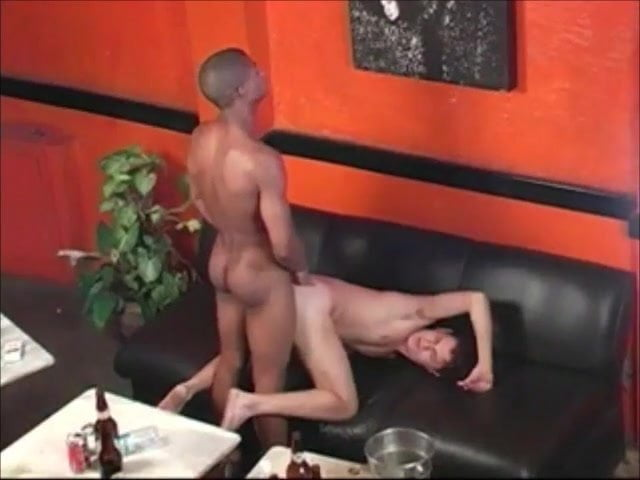 runde ass hot pussy pic