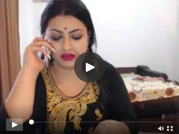 हॉट इंडियन लेडी