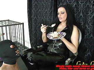 Amateur Bdsm Femdom video: German BDSM Domina and her Slave EAT - latex femdom session
