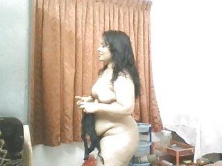 Mallu bhabi nude show...