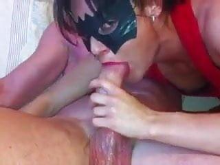 botando a vizinha pra pagar boquete em troca de wi-fi Porn Videos