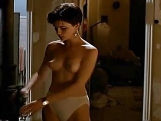 Kate Beckinsale Uncovered (Nude) compilation